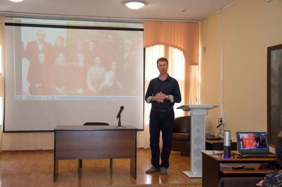 Красноярцы познакомились с Оренбургским музеем изобразительных искусств