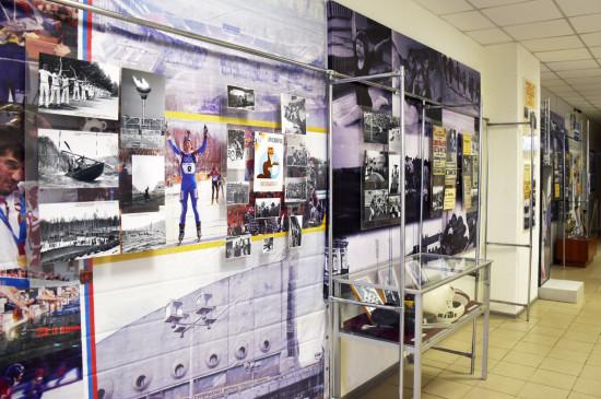 Выставка «Спортивные истории» краеведческого музея открылась в культурной столице Красноярья