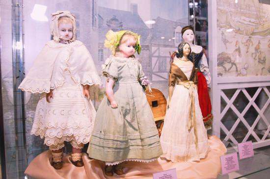 «В куклы играют все»